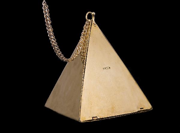 brass pyramid purse
