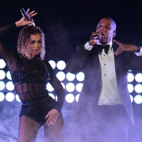 How to Get Beyoncé's Smokin' Grammy's Performance Look (the Ethical Version)