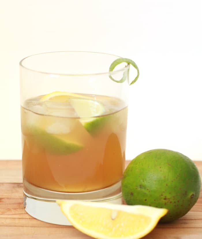 Front Porch Classic summer recipe // only three ingredients: gin, tea-flavored mixer and lime wedges