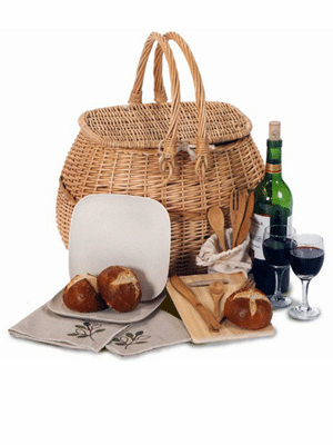 Picnic basket for two // made from all renewable, non-toxic and sustainable materials