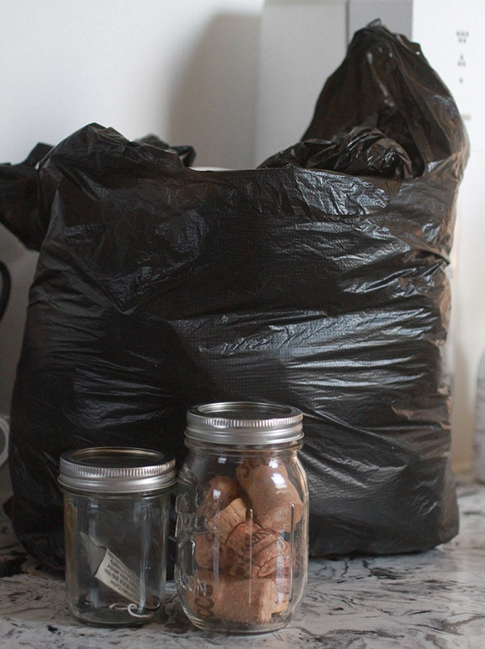 Plastic bags, corks, and textile waste to take out.