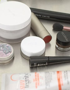 My Non-Toxic and Organic Makeup Routine Revealed