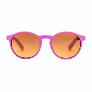Pink sunglasses // eco-friendly beach essentials