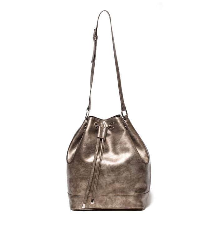 Jill Milan bucket bag // vegan and sustainable