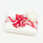 15 Eco-Friendly Gift Wrap Ideas That Will Impress