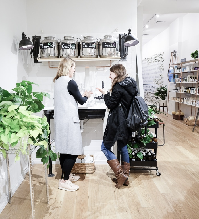 Non-Toxic store Follain