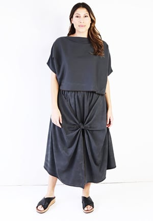Hackwith skirt made in the US | Comes in up to 3X