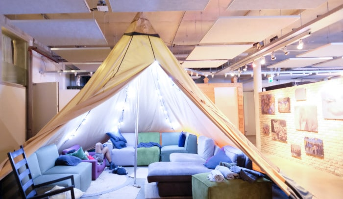 EcoMama Hotel, green hostel Amsterdam review