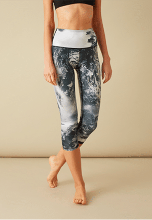 Yoga Democracy leggings in recycled fabric with waterless dyeing technology