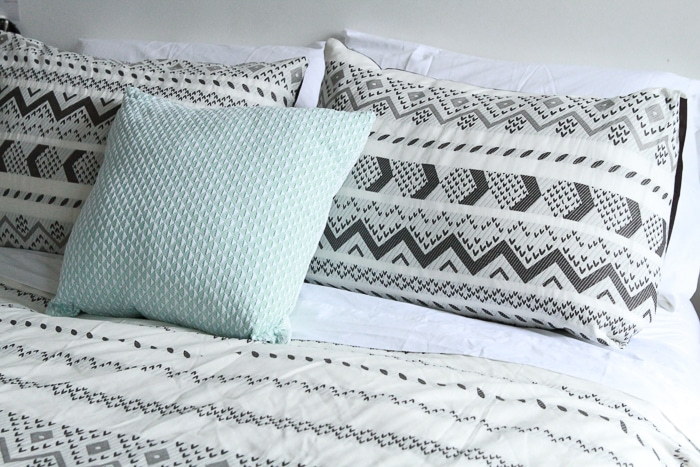 Affordable: Under the Canopy* - 8 Places To Get Eco-Friendly Bedding, Sheets, Linens, And Towels