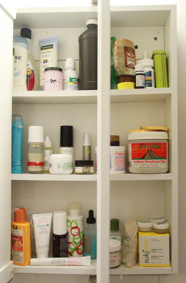 Snoop in My Medicine Cabinet: A Natural and Non-toxic Primer - Ecocult