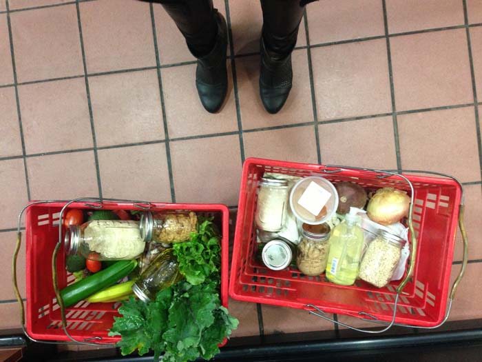 How to grocery shop waste-free