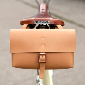 Leather saddle bag // vegetable-tanned