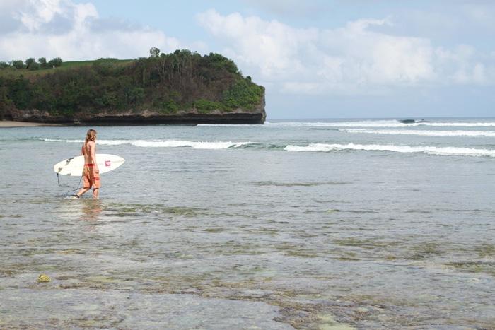 Bangalan surf beach