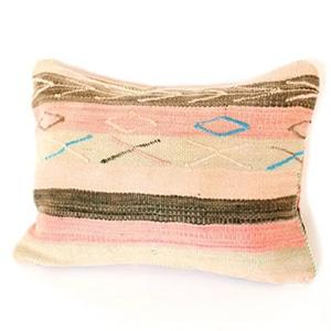 ballin_accompany_pillow