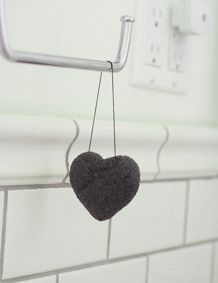 heart cleansing sponge by One Love Organics