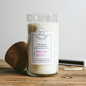 Mother's Day gift: non-toxic candle