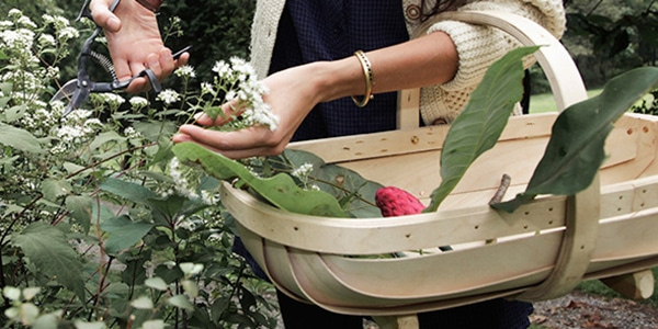 Mother's Day Gift: basket for gathering clipped flowers