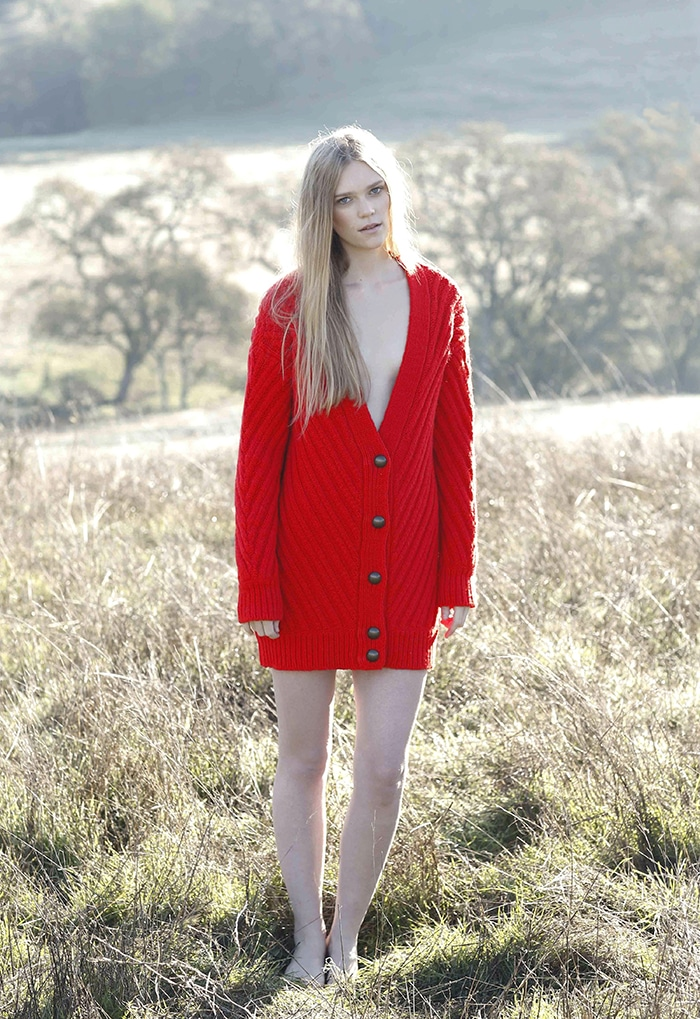 s_TBF14_02_model_ribbed_cardigan_poppy_red