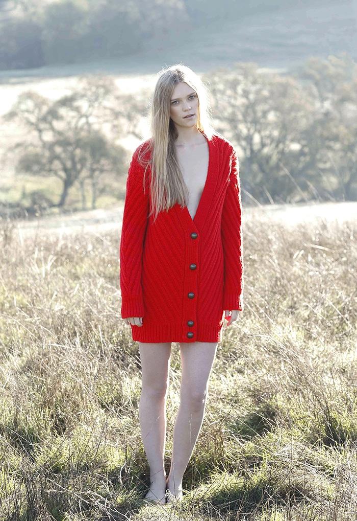 s_TBF14_02_model_ribbed_cardigan_poppy_red