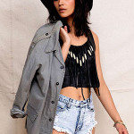 How to Dress for Music Festivals Without Being Clueless and Offensive