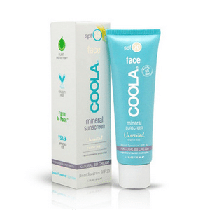 non-toxic sunscreen // eco-friendly beach essentials