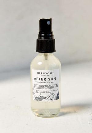 Herbivore after sun spray // eco-friendly beach essentials
