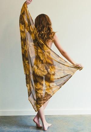 Flower sarong // eco-friendly beach essentials
