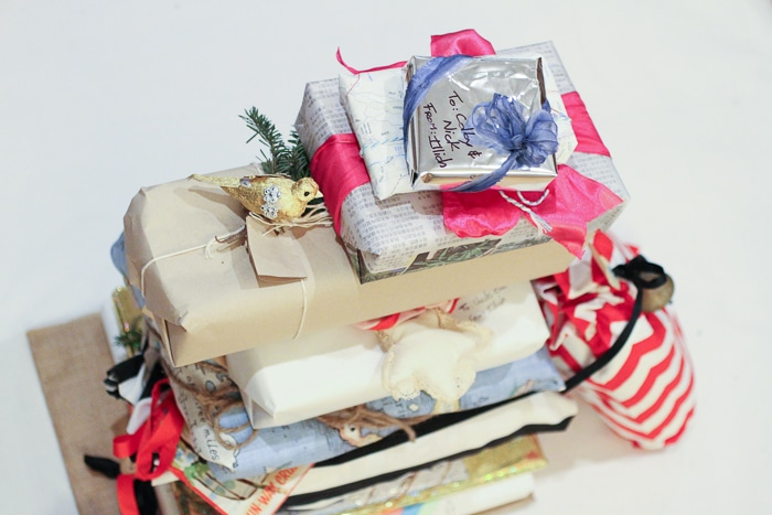 15 Eco-Friendly Gift Wrap Ideas That Look Chic, Not Cheap
