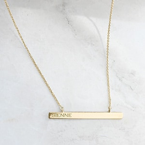 Vrai and Oro customizable necklace