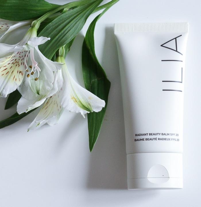 Review Ilia Radiant Beauty Balm