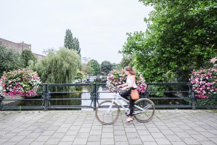 renting a bike Amsterdam