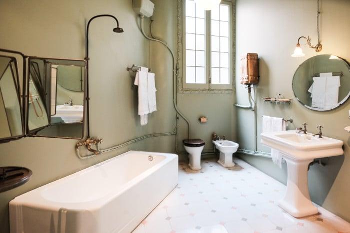 Bathroom #goals at La Pedrera