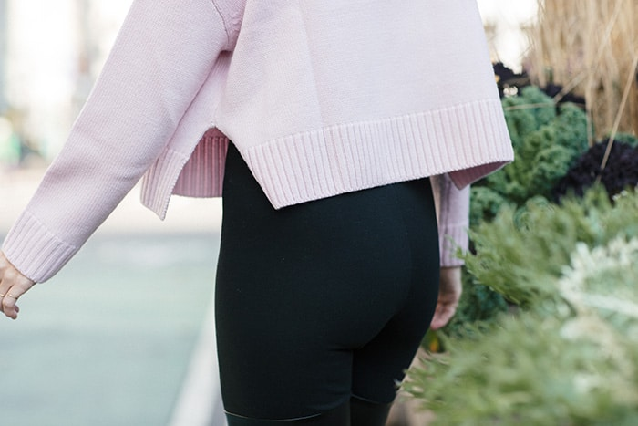 Pink merino wool sweater by Siizu